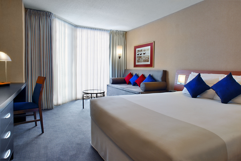 Novotel Toronto North York Вид в номере