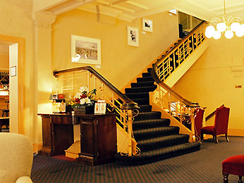 Grand Mercure Hadleys Hotel  
