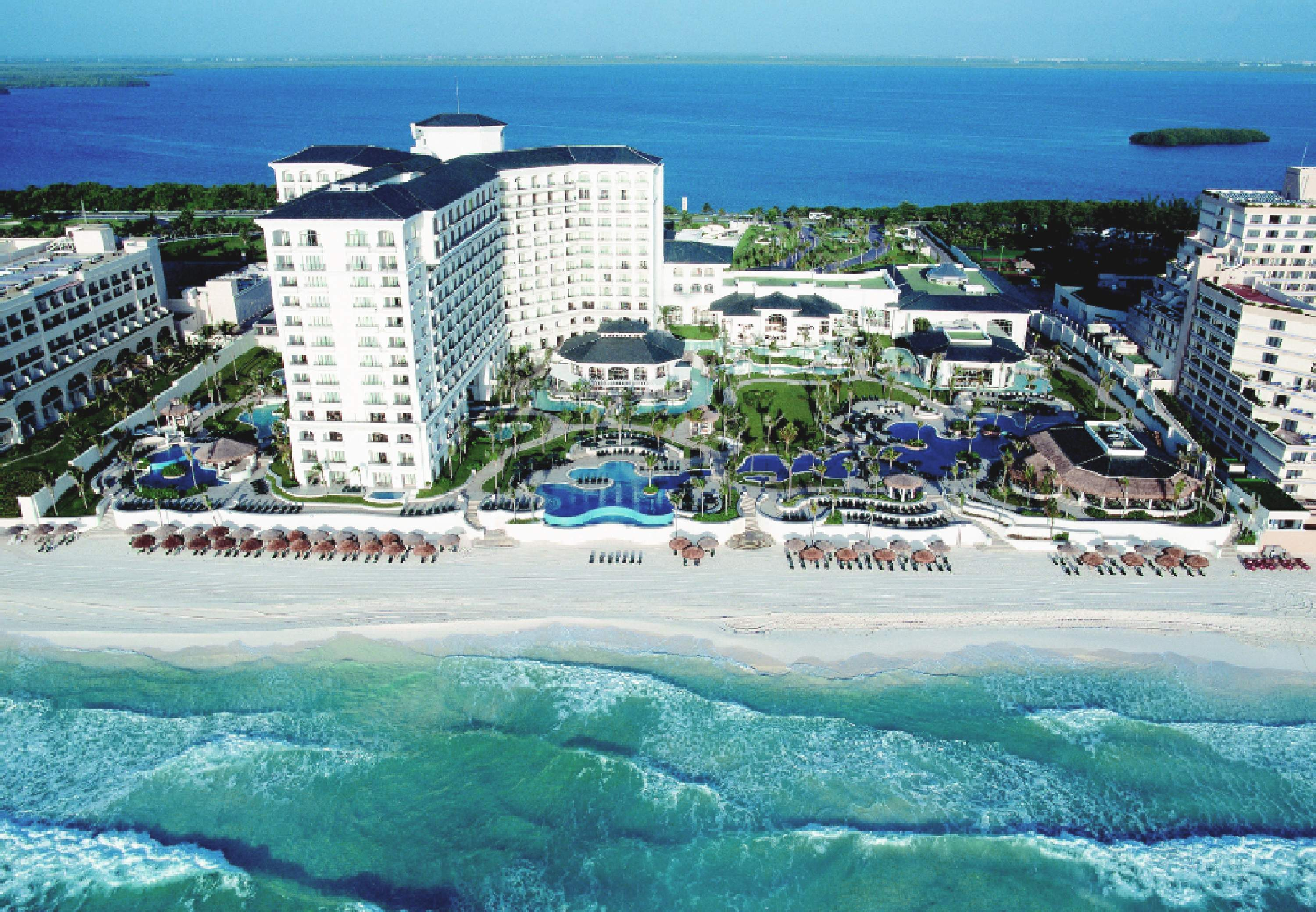 JW Marriott Cancun Resort & Spa  Hotel