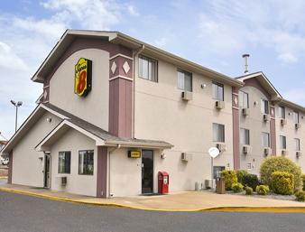 Super 8 Motel  Hotel