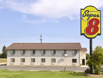 Super 8 Motel North  Hotel