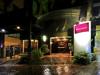 Mercure Apartments Porto Alegre Beverly Hills 外视图
