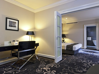 Grand Mercure Hotel Melbourne Room picture