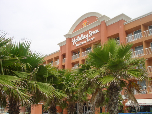 Holiday Inn SunSpree Resort