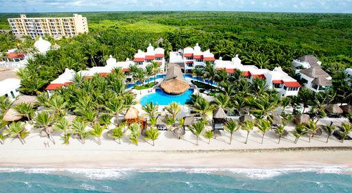 Hidden Beach Resort, by Karisma