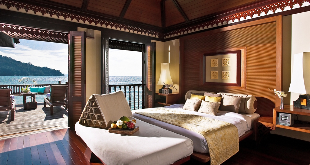 Resort im Regenwald Malaysia Pangkor Laut Beach Villen infinity pool