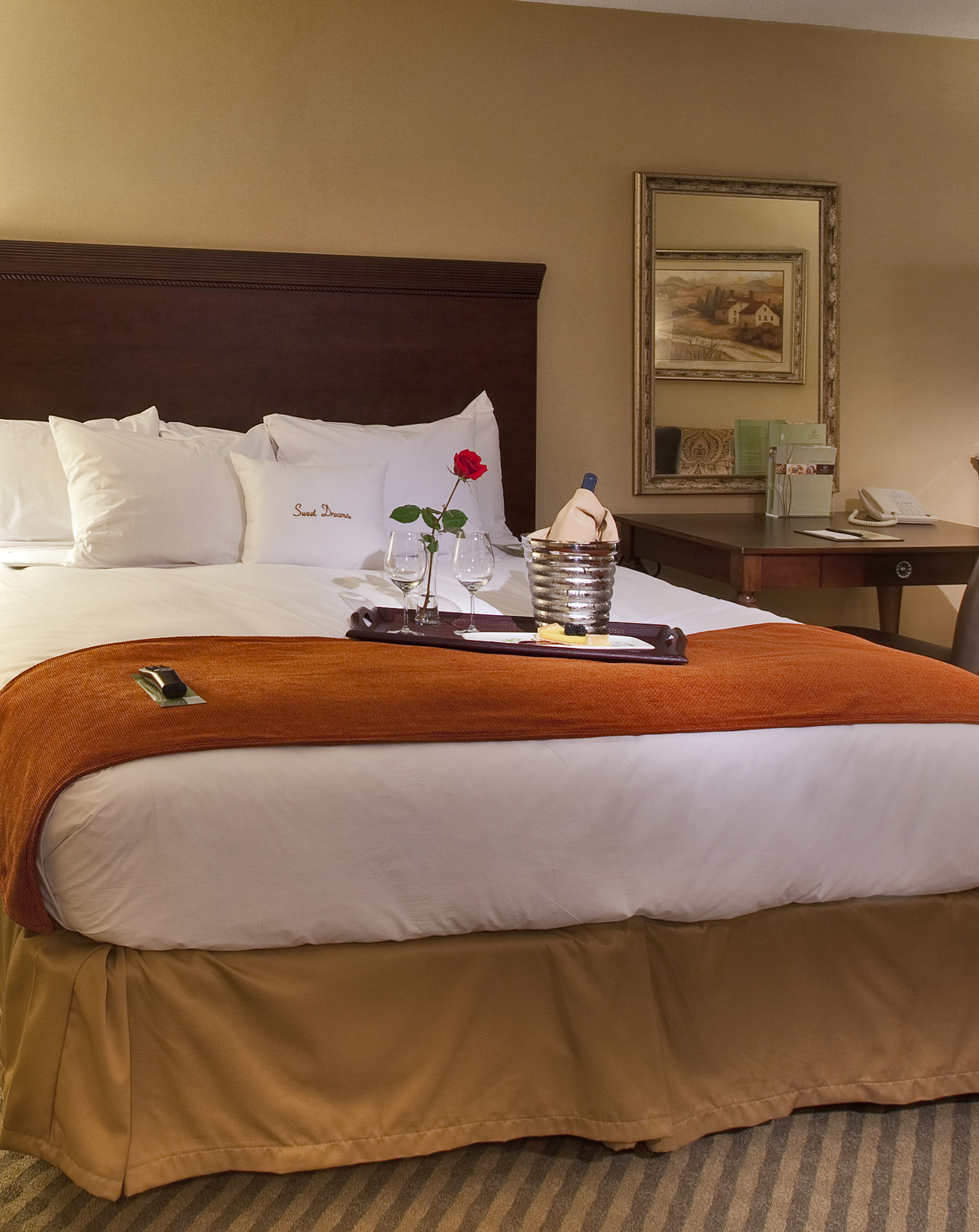 Guest Rooms | DoubleTree Resort by Hilton Lancaster