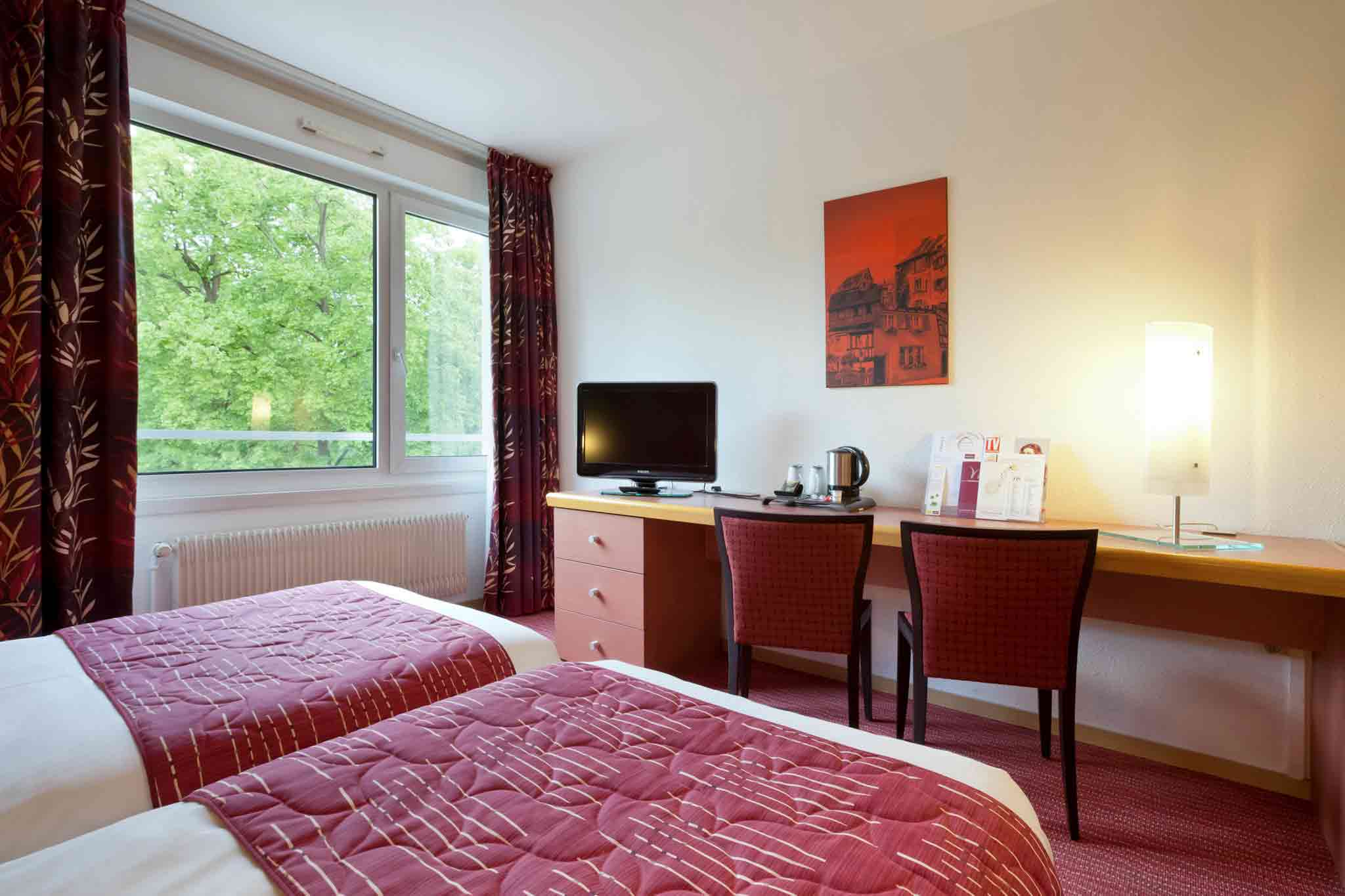 Mercure Colmar Champ Mars View of room