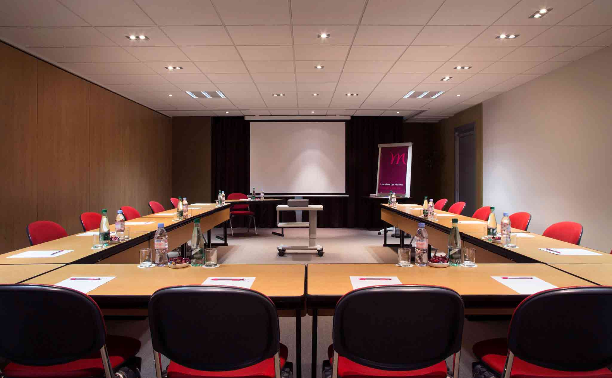Mercure Paris Roissy Charles de Gaulle Meeting room