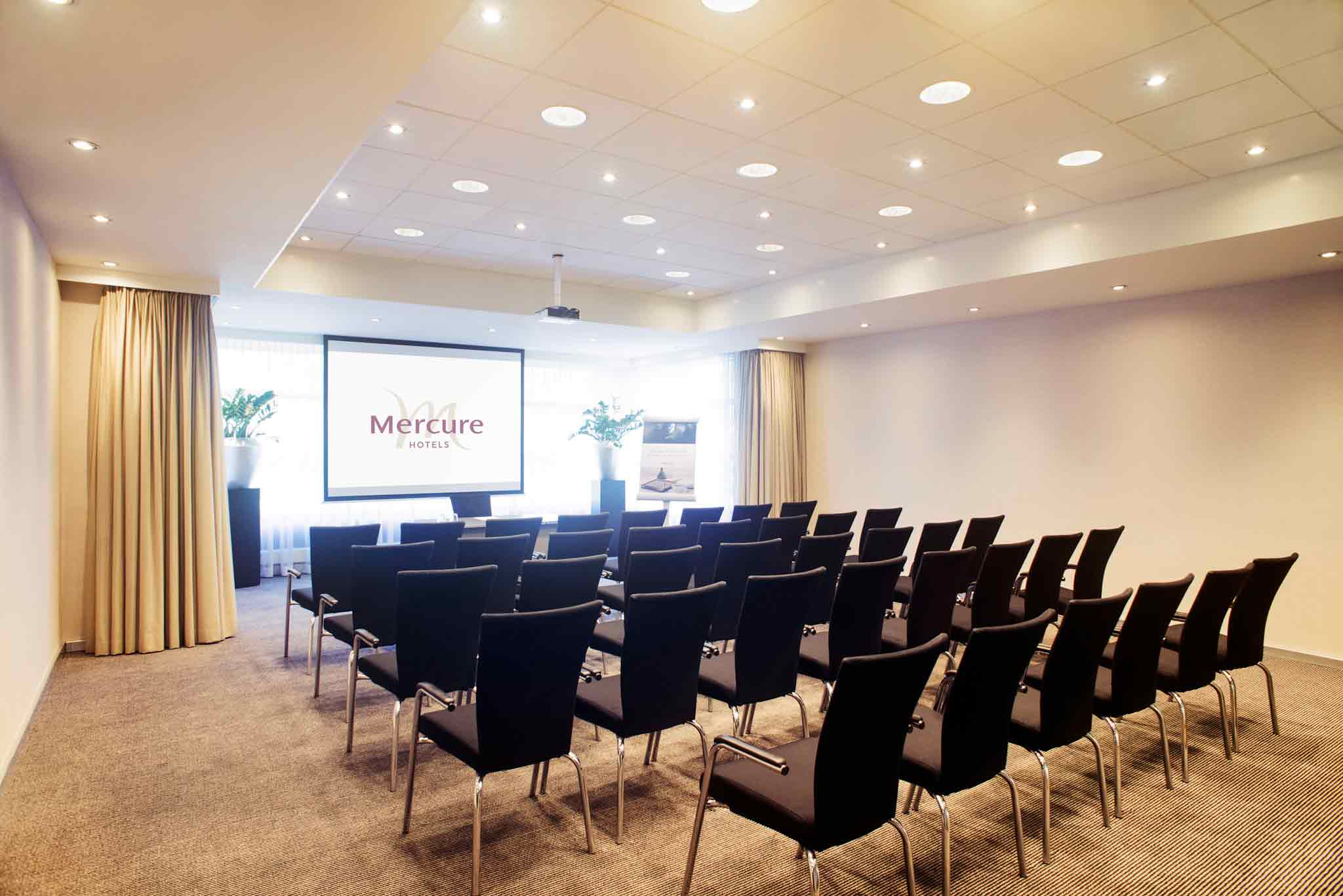 Mercure Den Haag Central 会議室