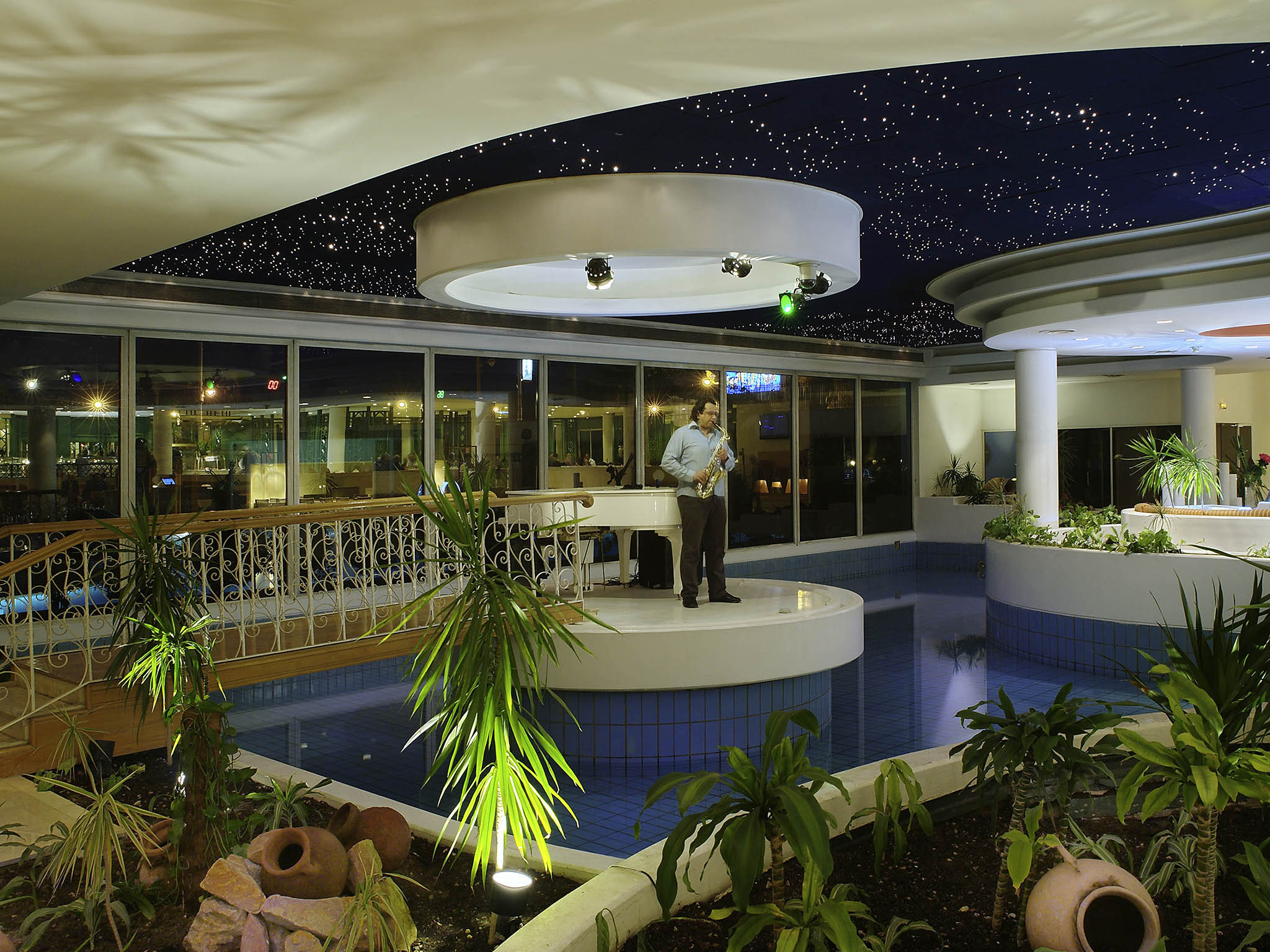 Mercure Cairo Le Sphinx Lobby