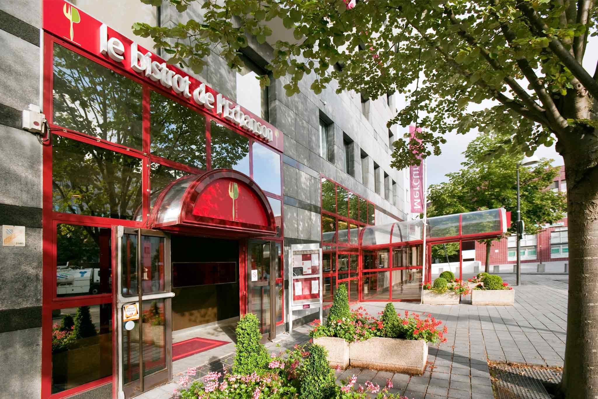 Mercure Saint Quentin Centre Lobby