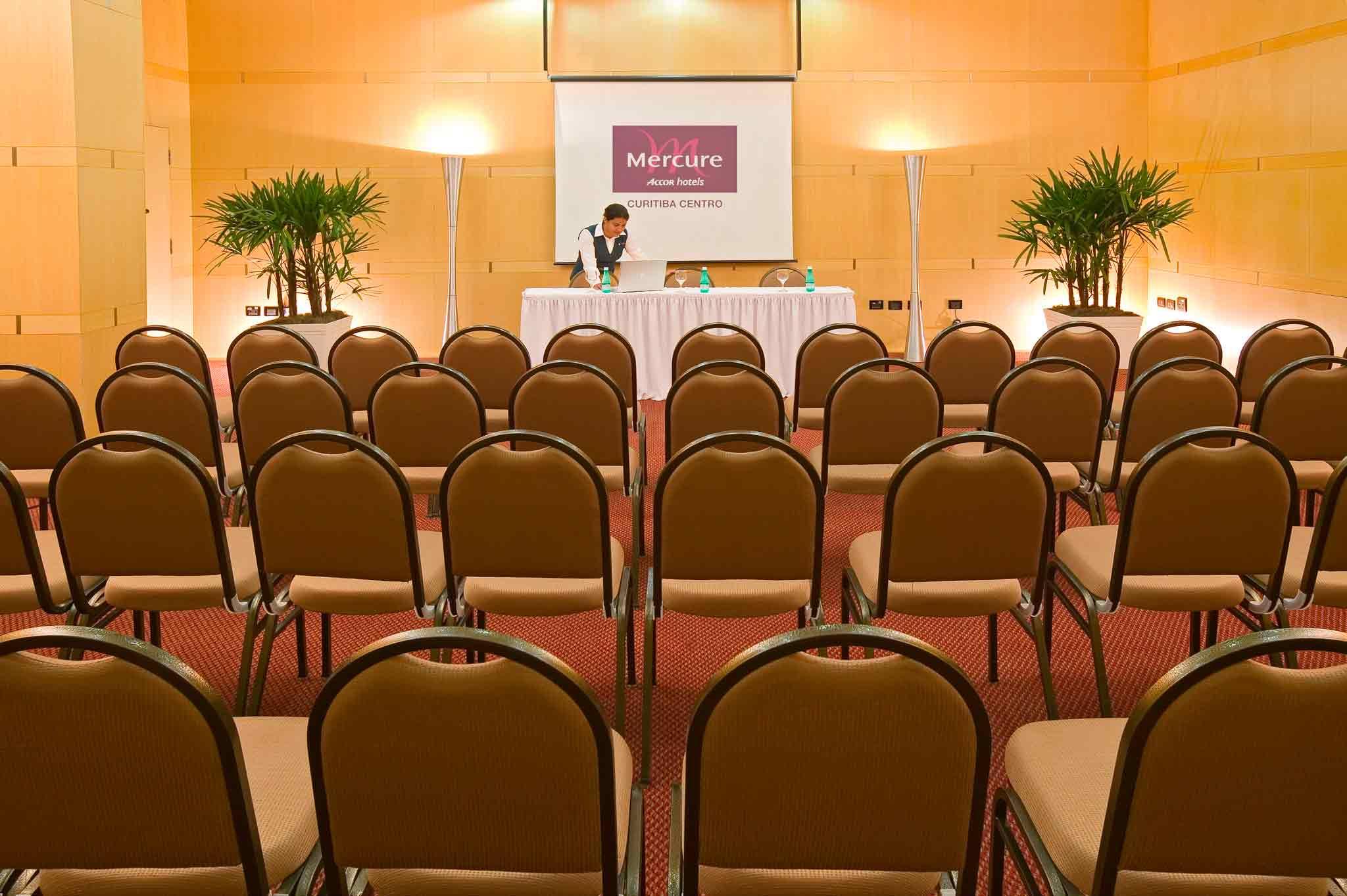 Mercure Curitiba Pomieszczenie konferencyjne