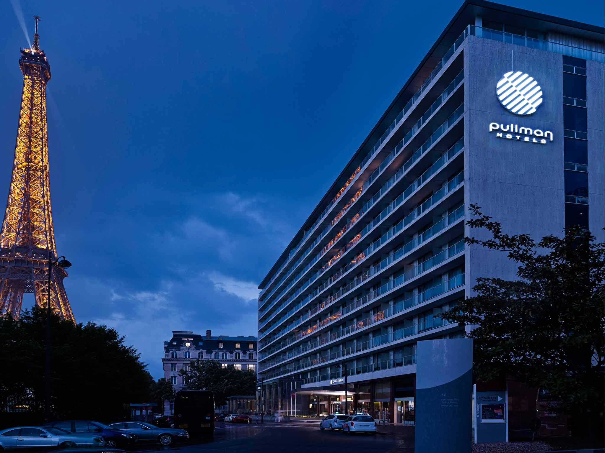 Hotels Near Tokyo Convention Center