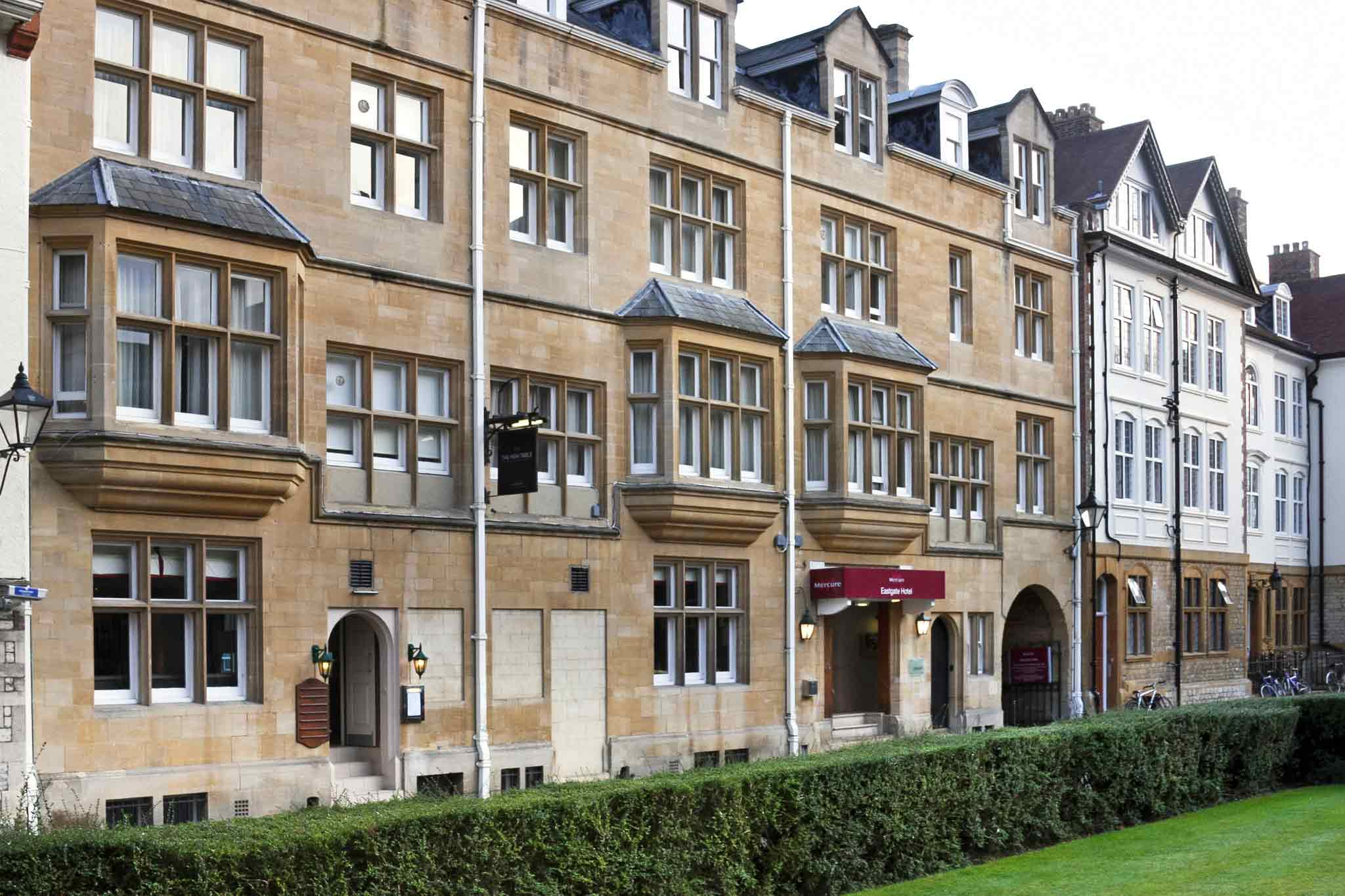 Mercure Eastgate Townhouse Oxford 外景