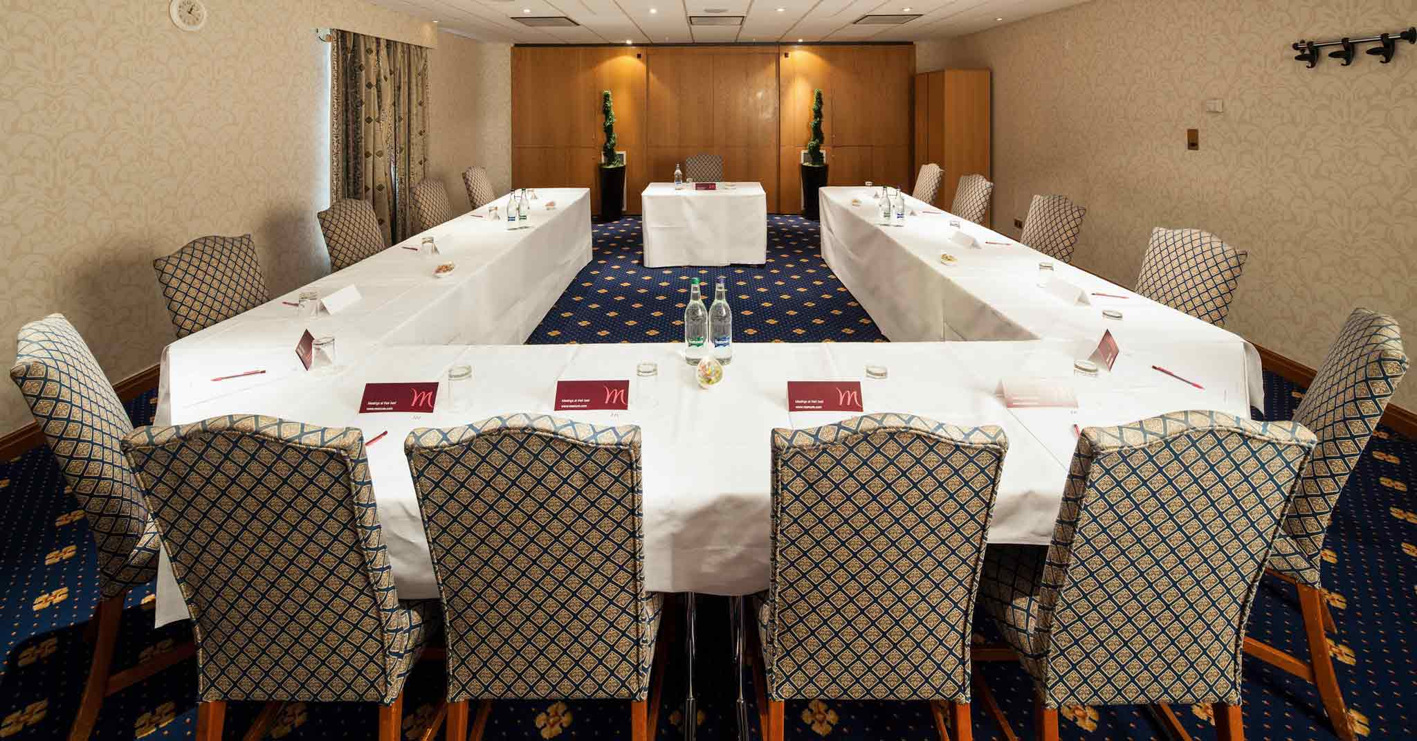 Mercure York Fairfield Manor Hotel Meeting room
