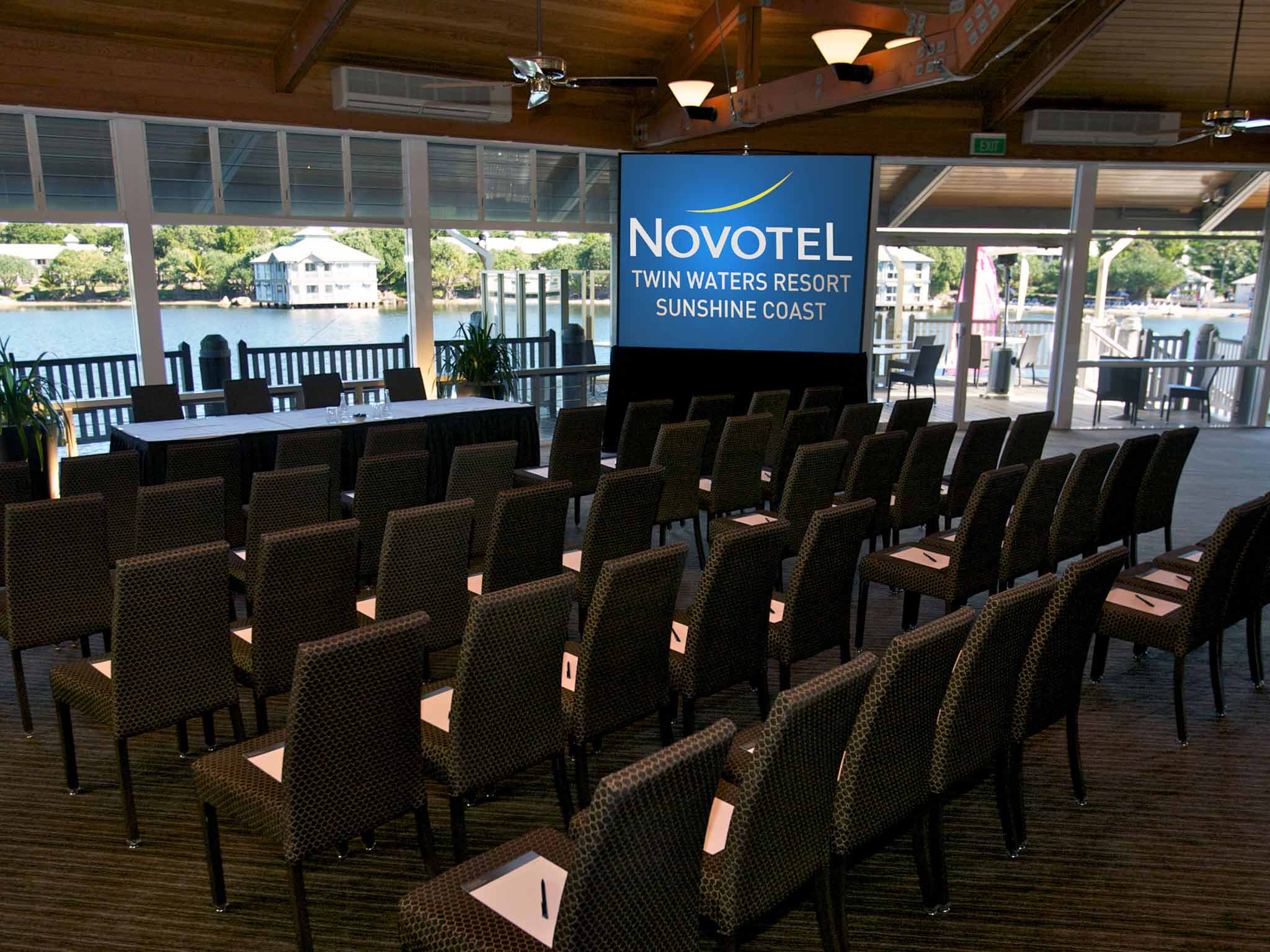 Novotel Twin Waters Resort Meeting room
