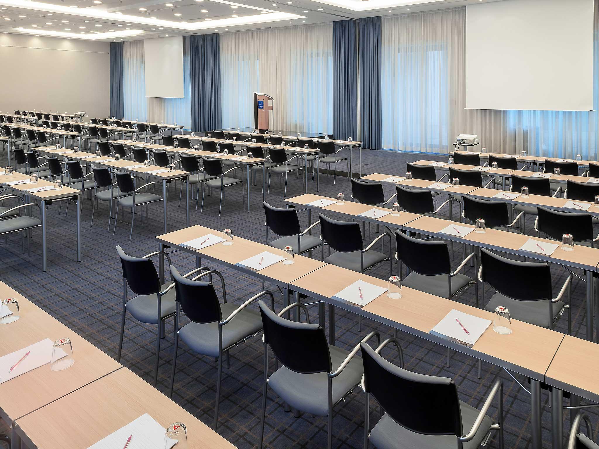 Novotel Berlin Am Tiergarten Salle de conférence