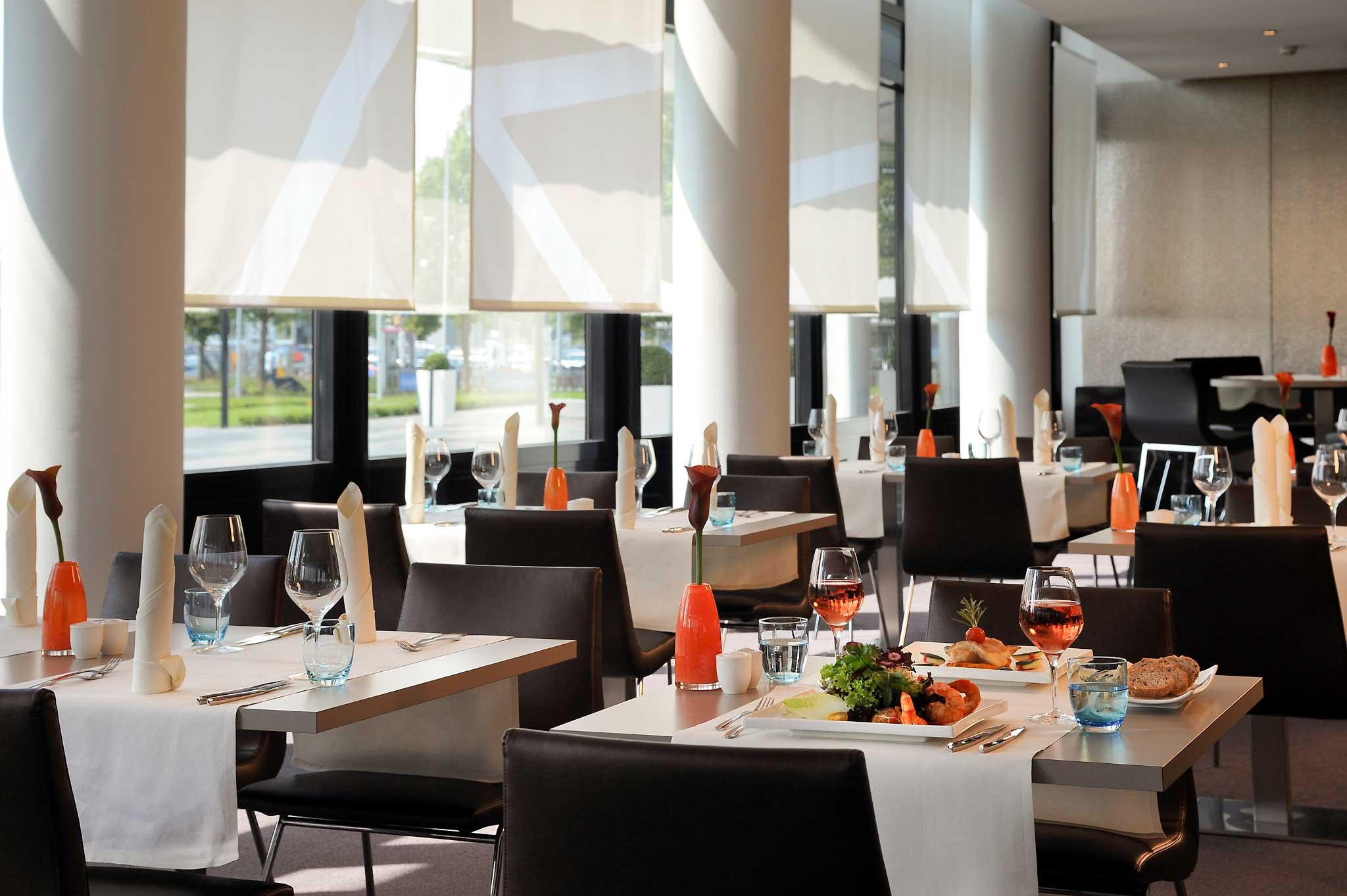 Novotel München Airport Gastronomia