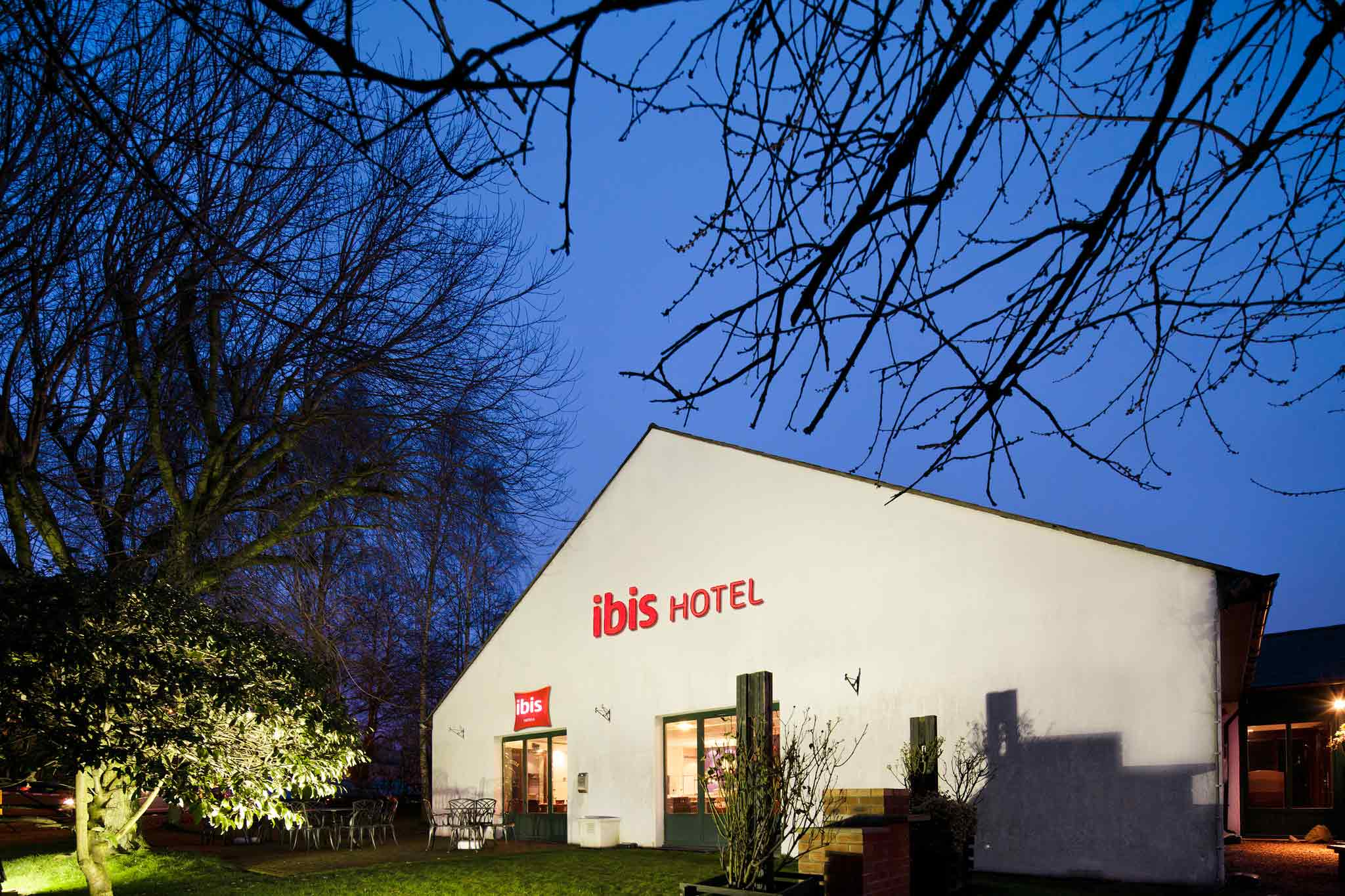 Ibis Coventry South Whitley Set udefra