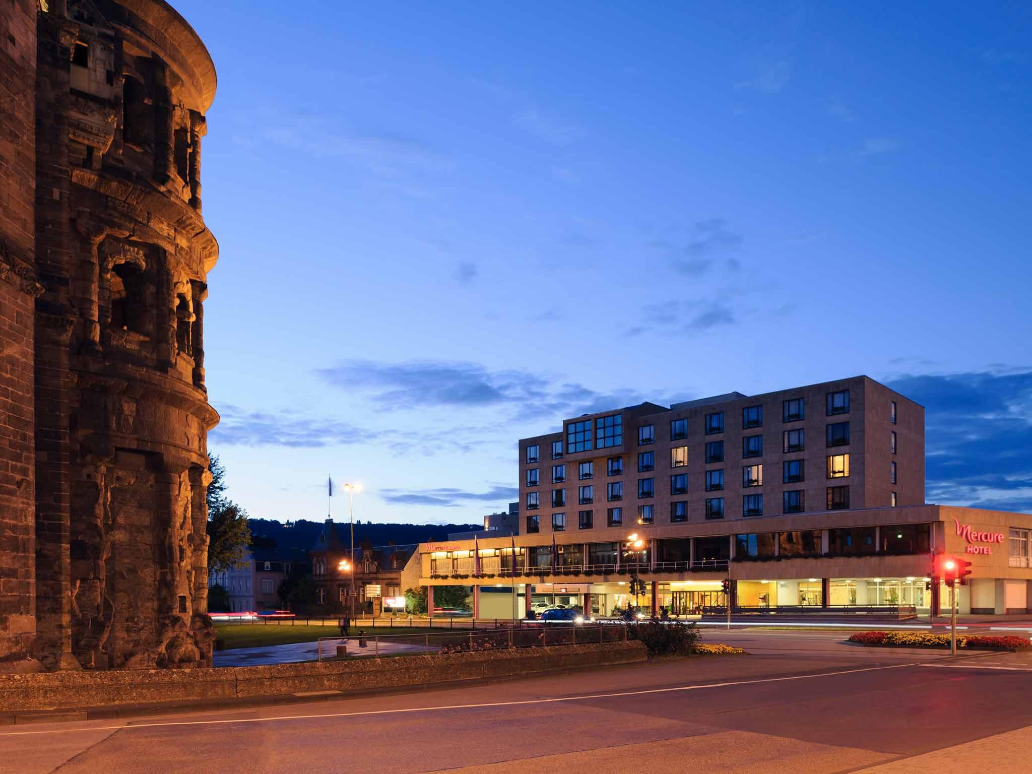 Mercure Hotel Trier Porta Nigra 外景