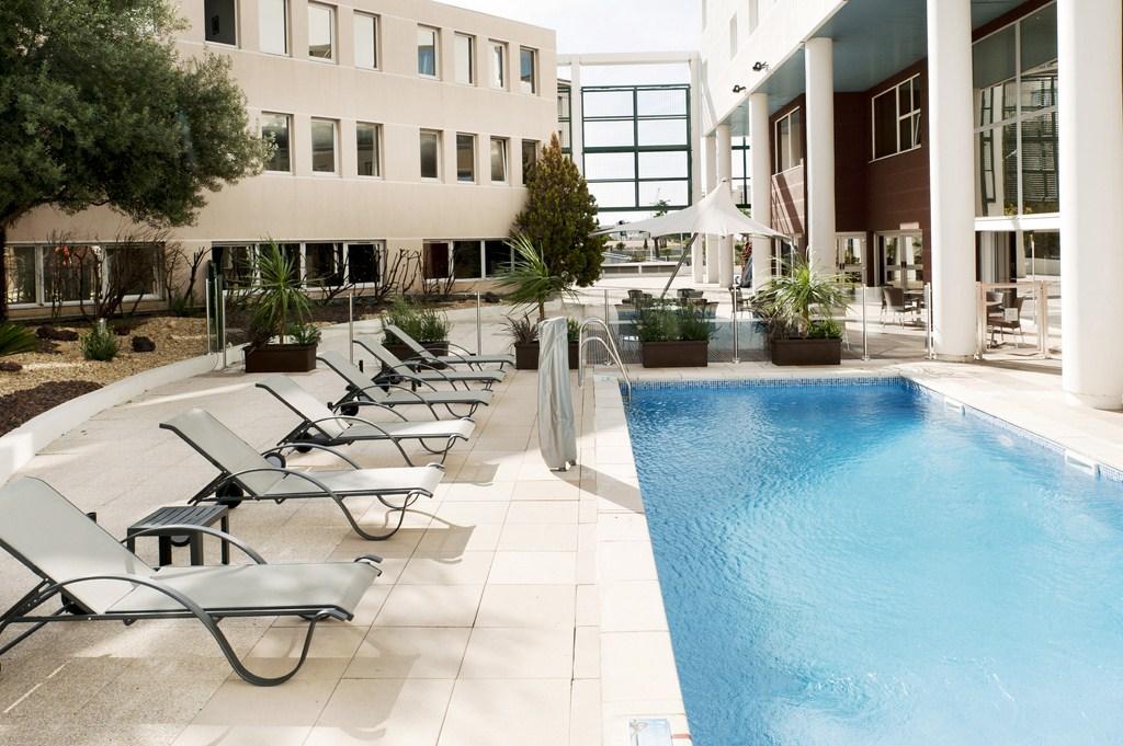 Holiday Inn Garden Court