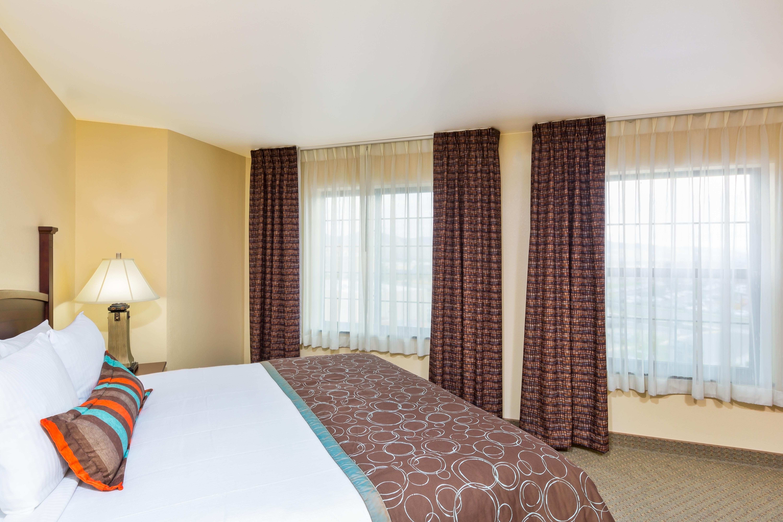 King Single Bedroom Suites Suites Near Downtown Staybridge Suites Missoula