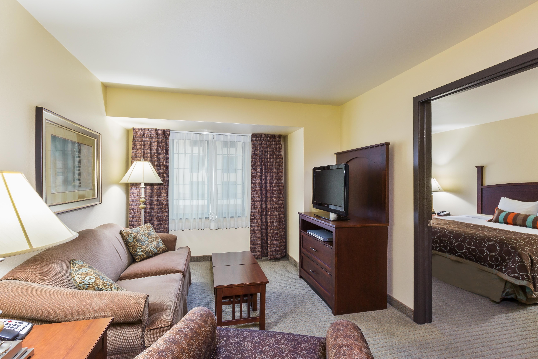 Suites Near Downtown