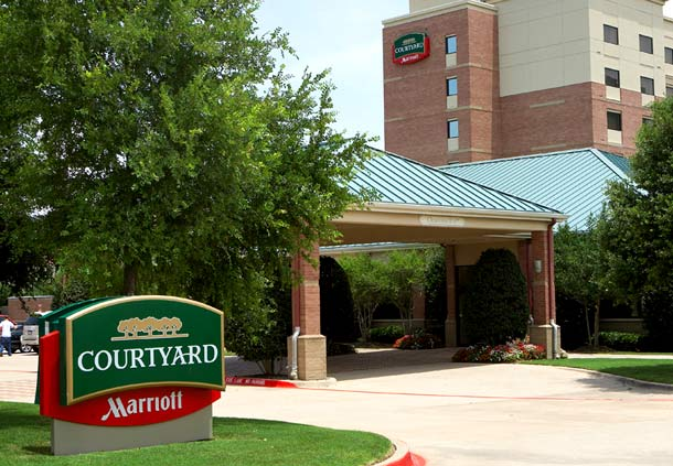 Courtyard by Marriott Addison Quorum  Hotel
