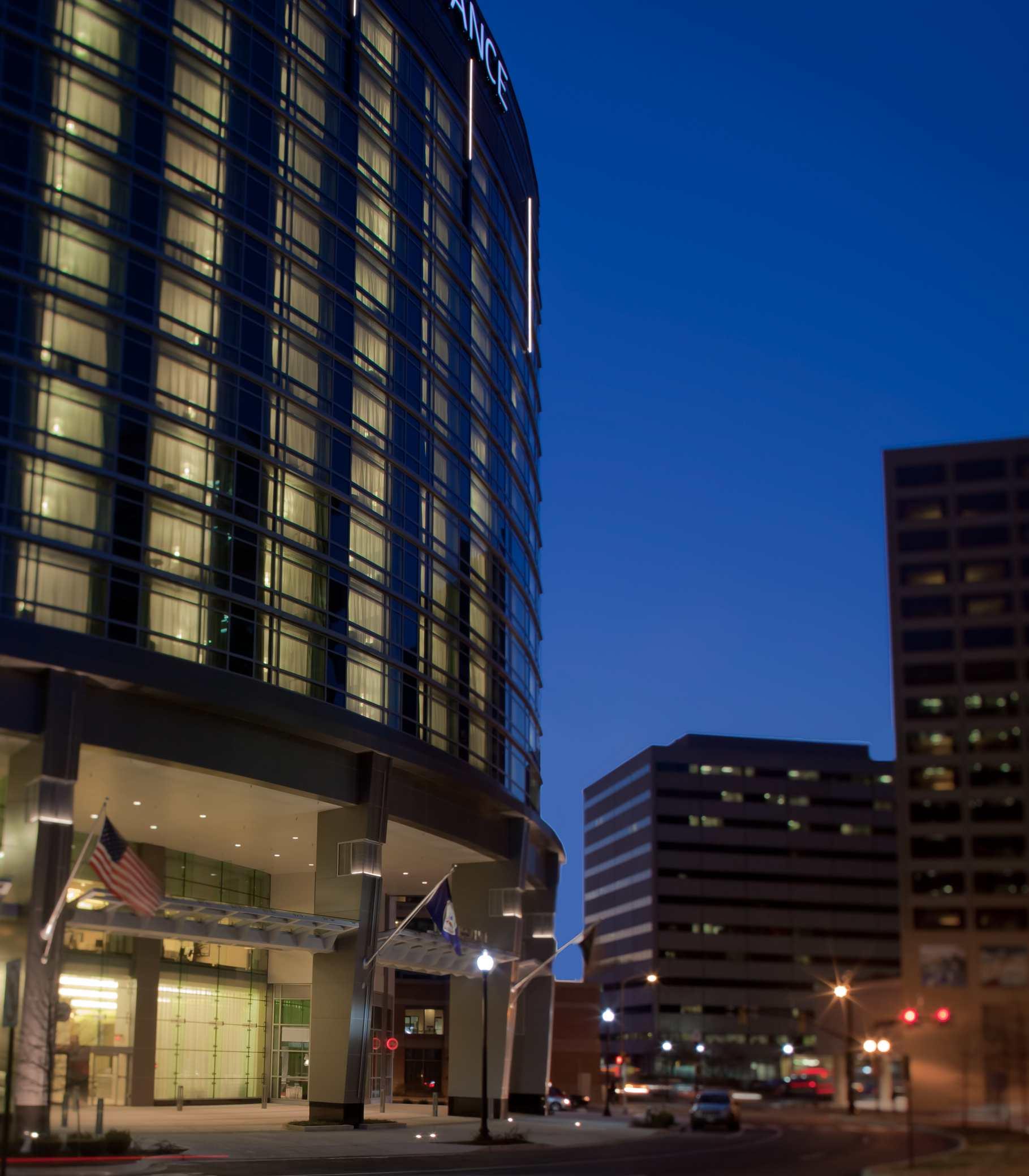 Renaissance Arlington Capital View Hotel  Hotel