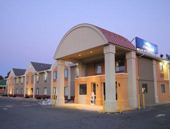 Howard Johnson Inn & Suites  Hotel