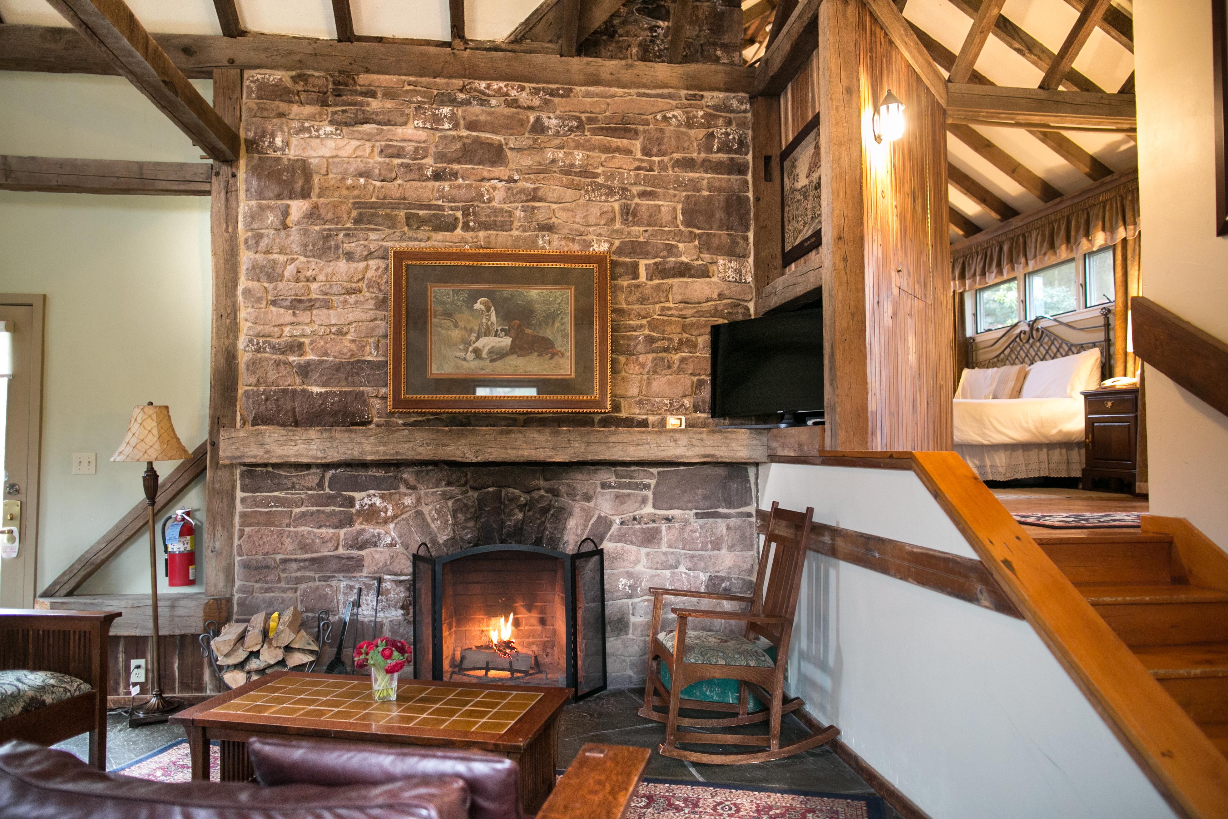 Hotel Rooms & Suites in Lehigh Valley PA | Glasbern Inn