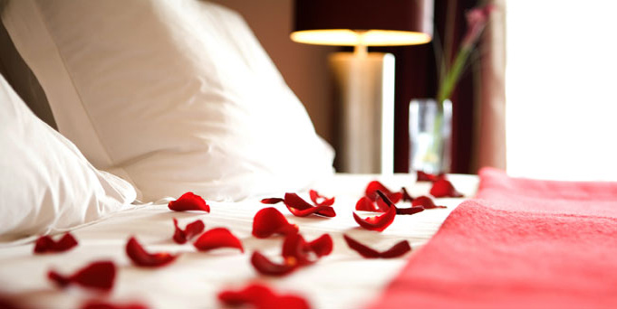 romantic dcor - Valentine Day Hotel Specials