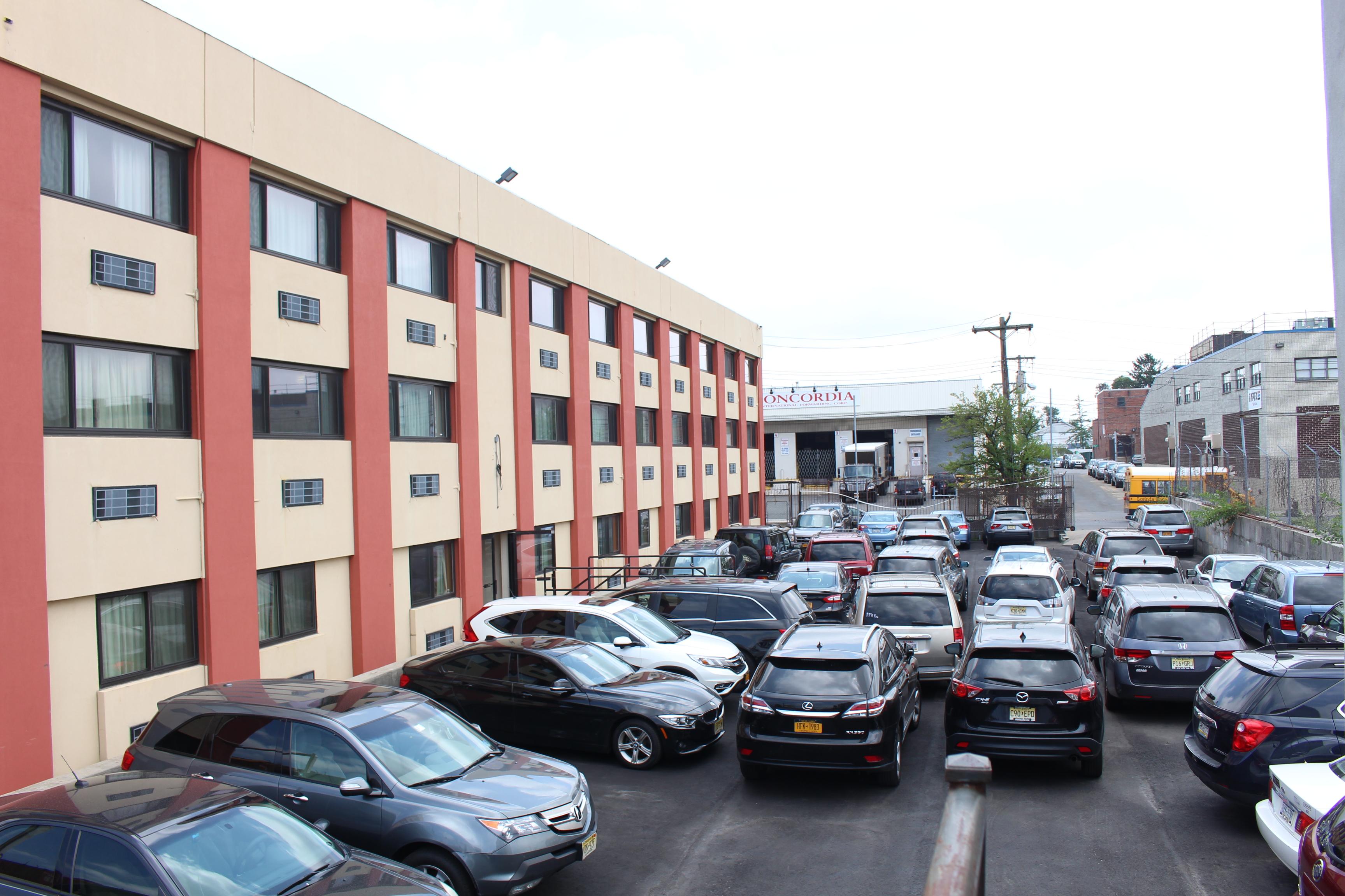 Virtual tour jfk inn for Hotels near new york airport jfk
