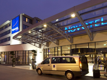 Novotel Convention & Wellness Roissy CDG Вид снаружи