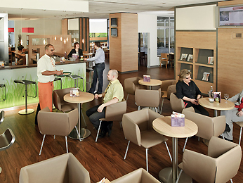 Ibis Hotel Frankfurt Centrum Bar/Lounge
