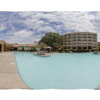 Outdoor Pool Tour