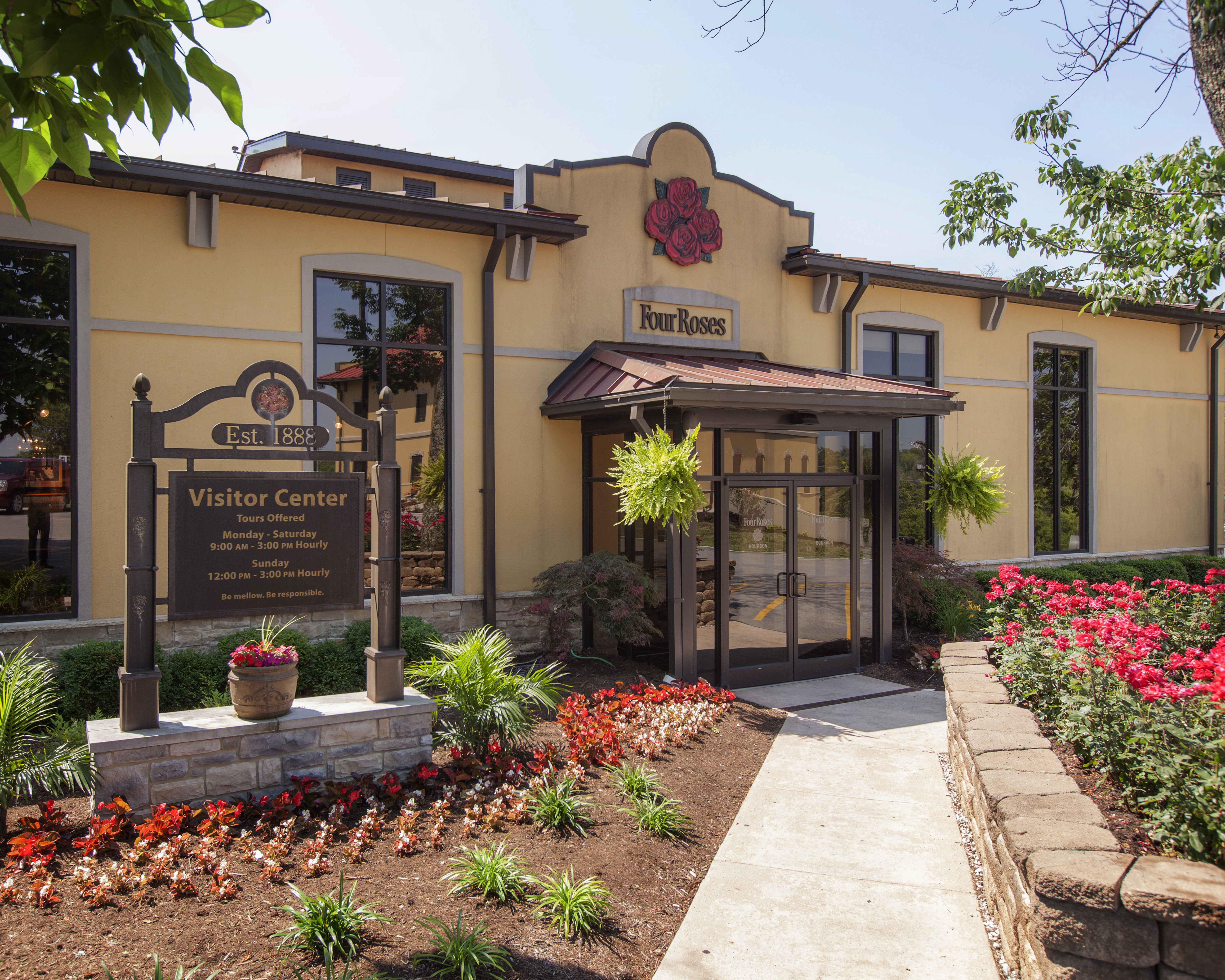 Stay At Our Hotel Near The Four Roses Distillery