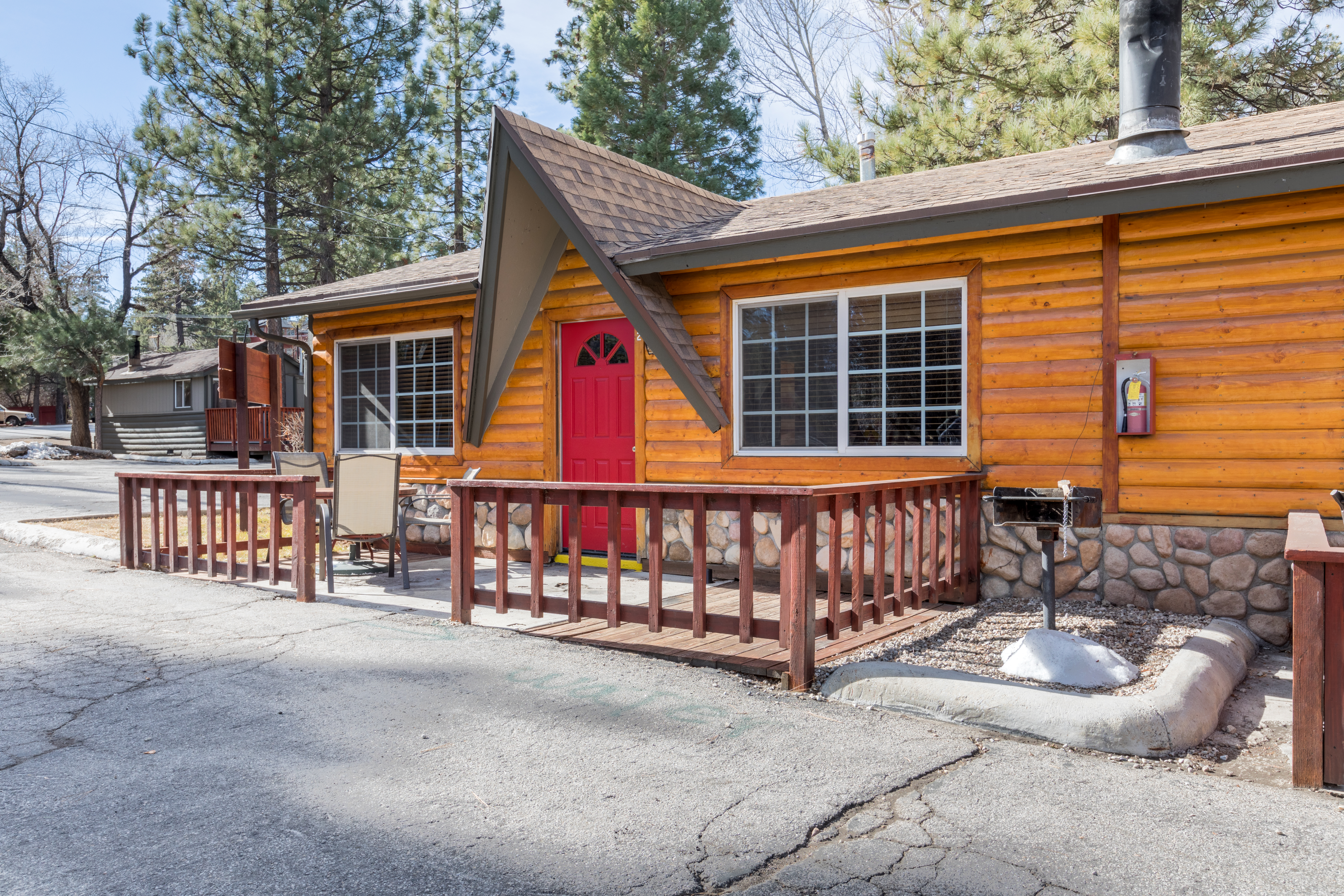 Place To Stay In Big Bear California Big Bear Frontier