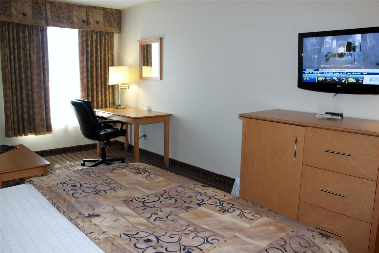 Smiths Falls Accommodations Best Western Smiths Falls