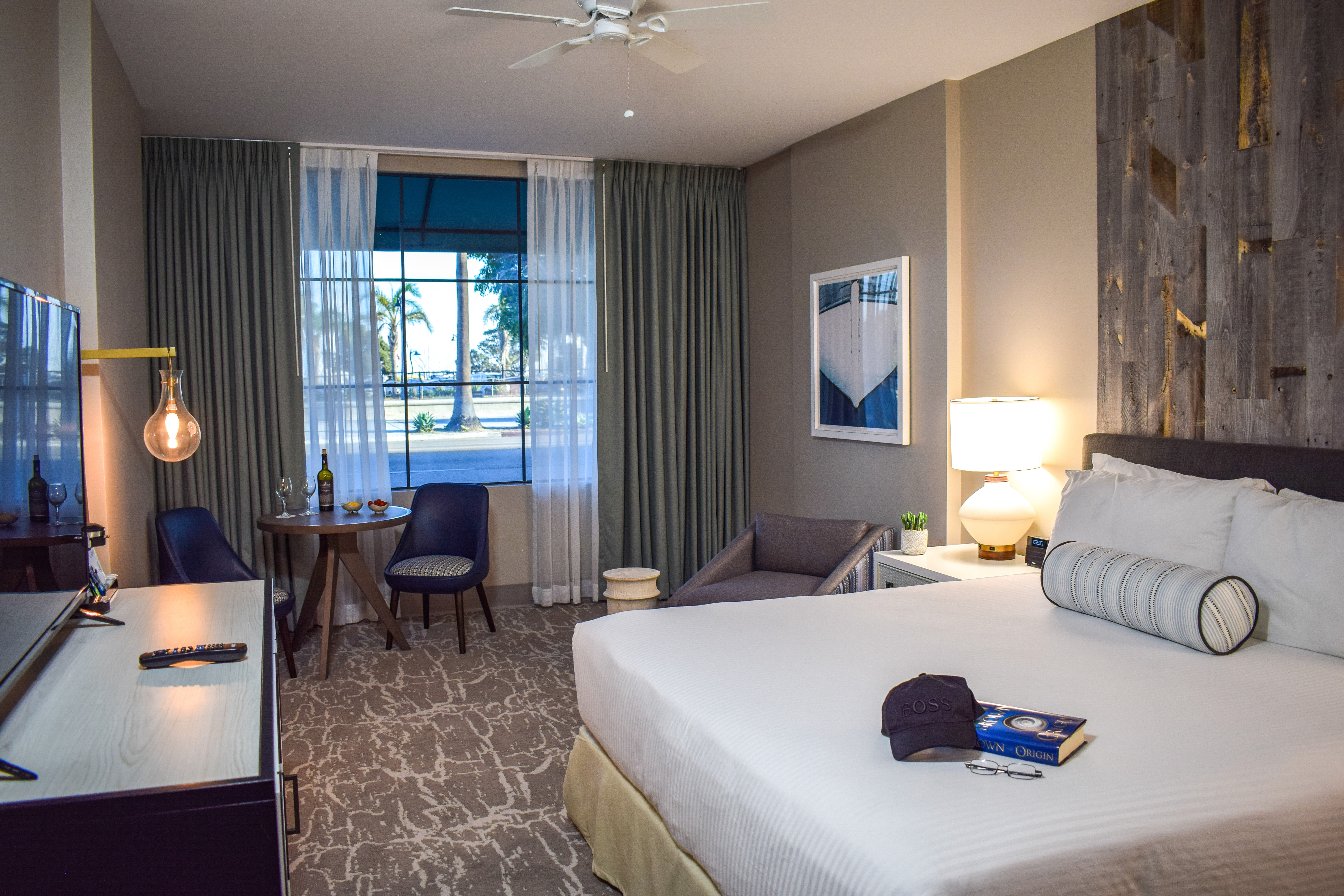 Signature Rooms | Best Western Beachside Inn