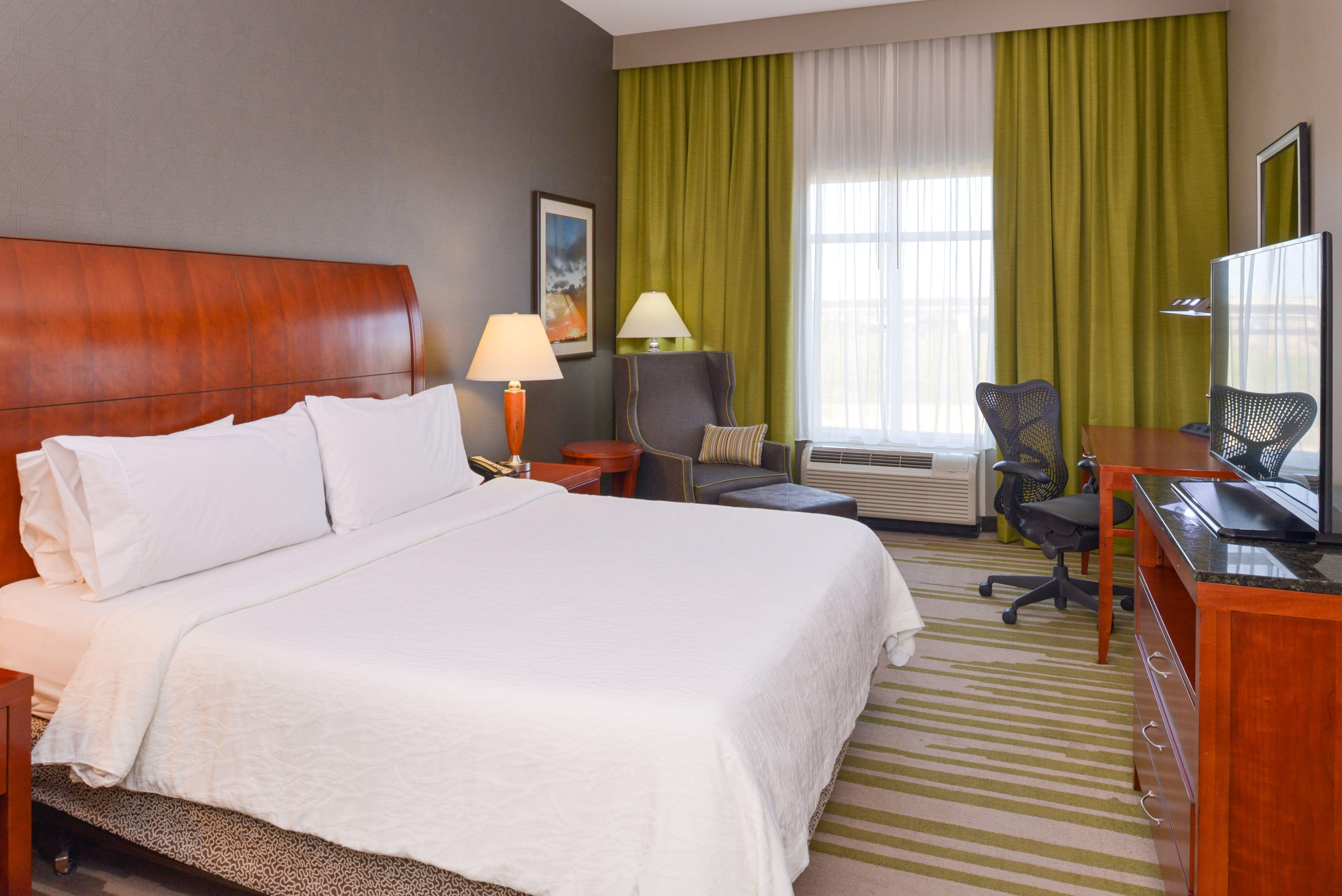 Superb Stay In A Spacious King Guest Room At The Hilton Garden Inn Yuma Pivot  Point Hotel.