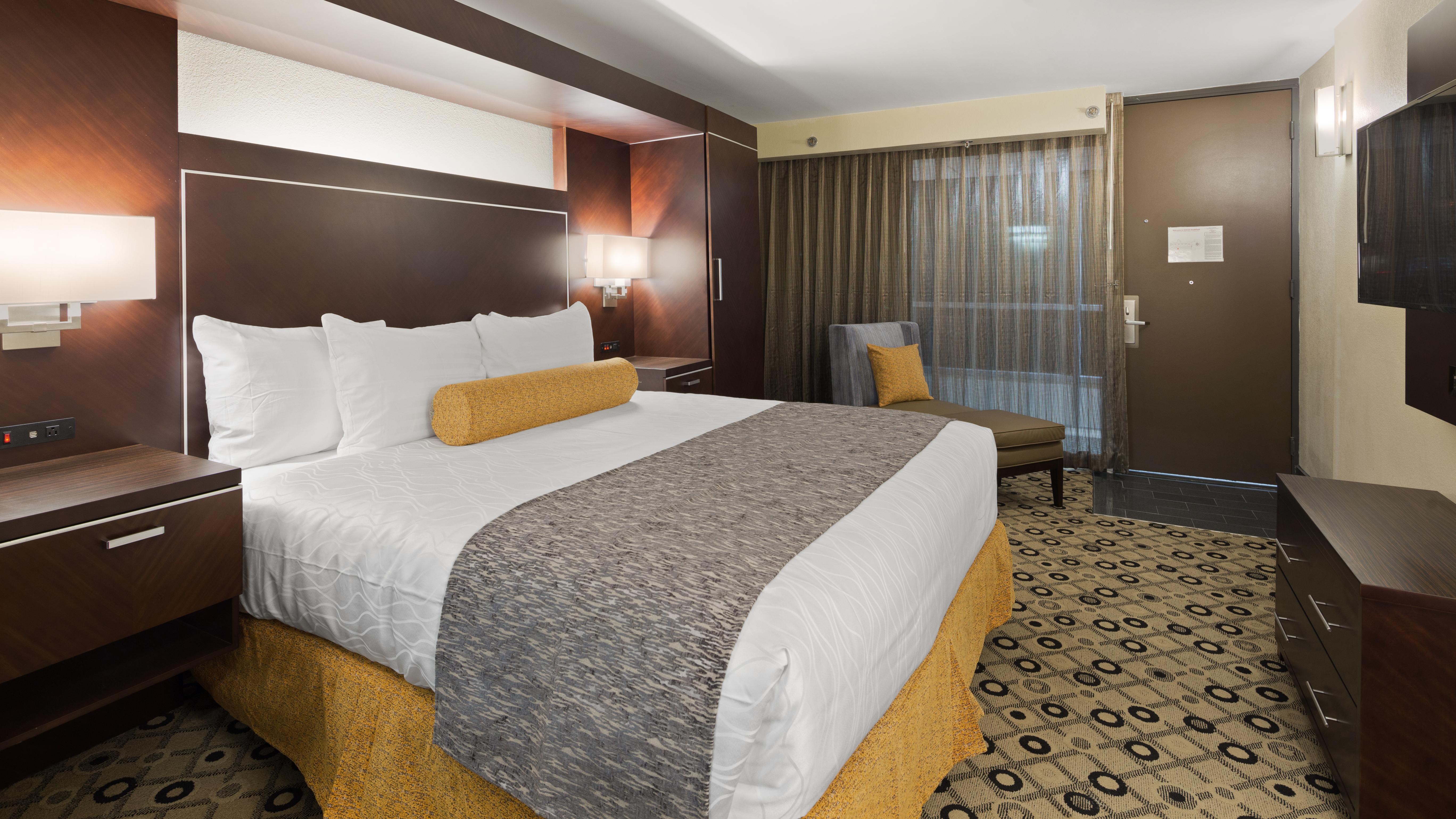 Hotel Rooms Amp Suites In Southfield Mi Best Western Premier