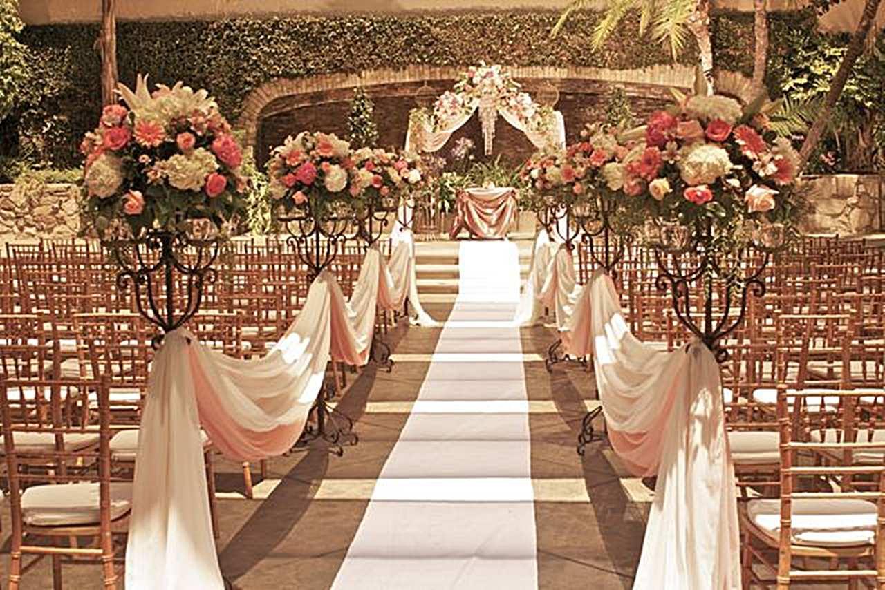 Small Intimate Wedding Ceremony | Wedding Ideas