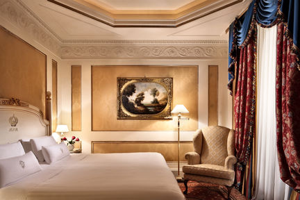 Hotel Splendide Royal Luxury Hotel In Rome Italy Slh