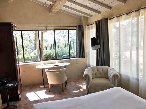 domaine de fontenille luxury hotel in lauris france slh. Black Bedroom Furniture Sets. Home Design Ideas